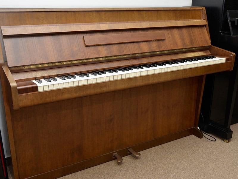 Klavier Ibach 100