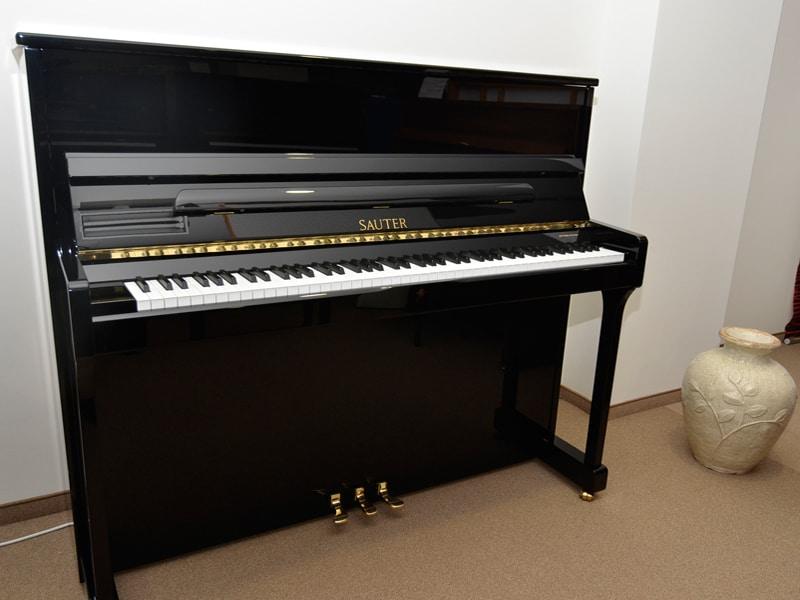Klavier Sauter 122