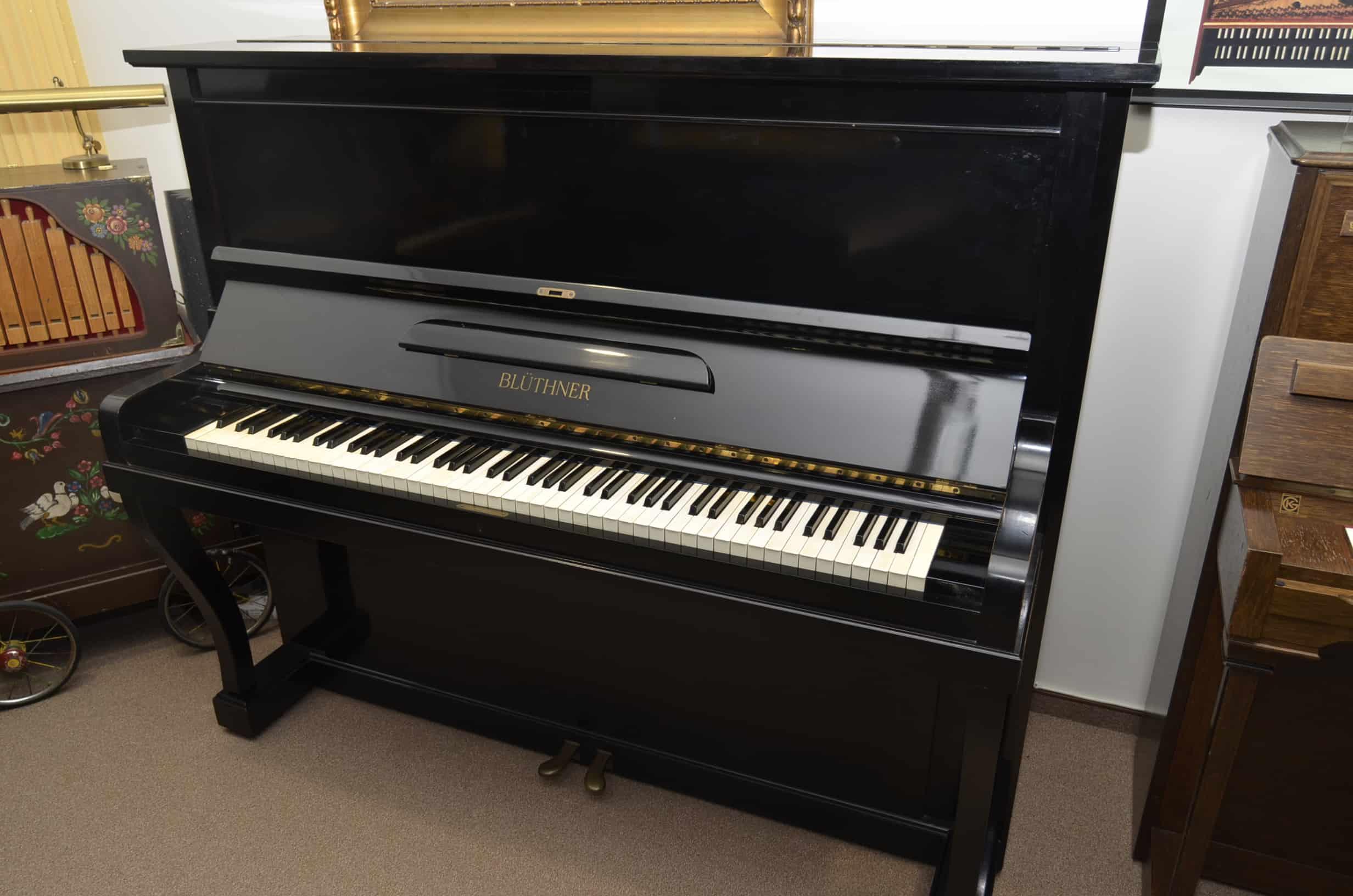 Blüthner Klavier 134