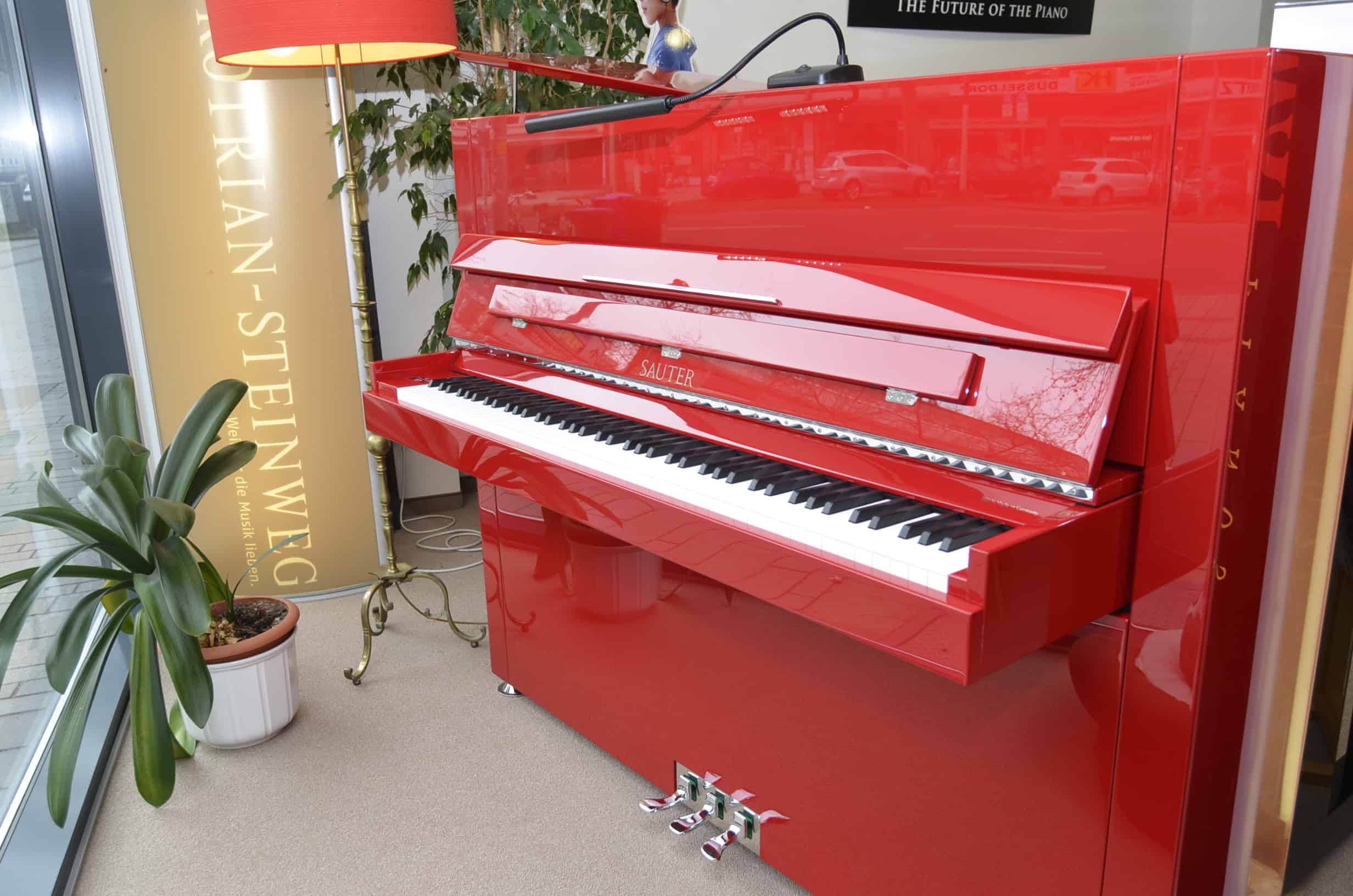 Sauter Design Klavier rot