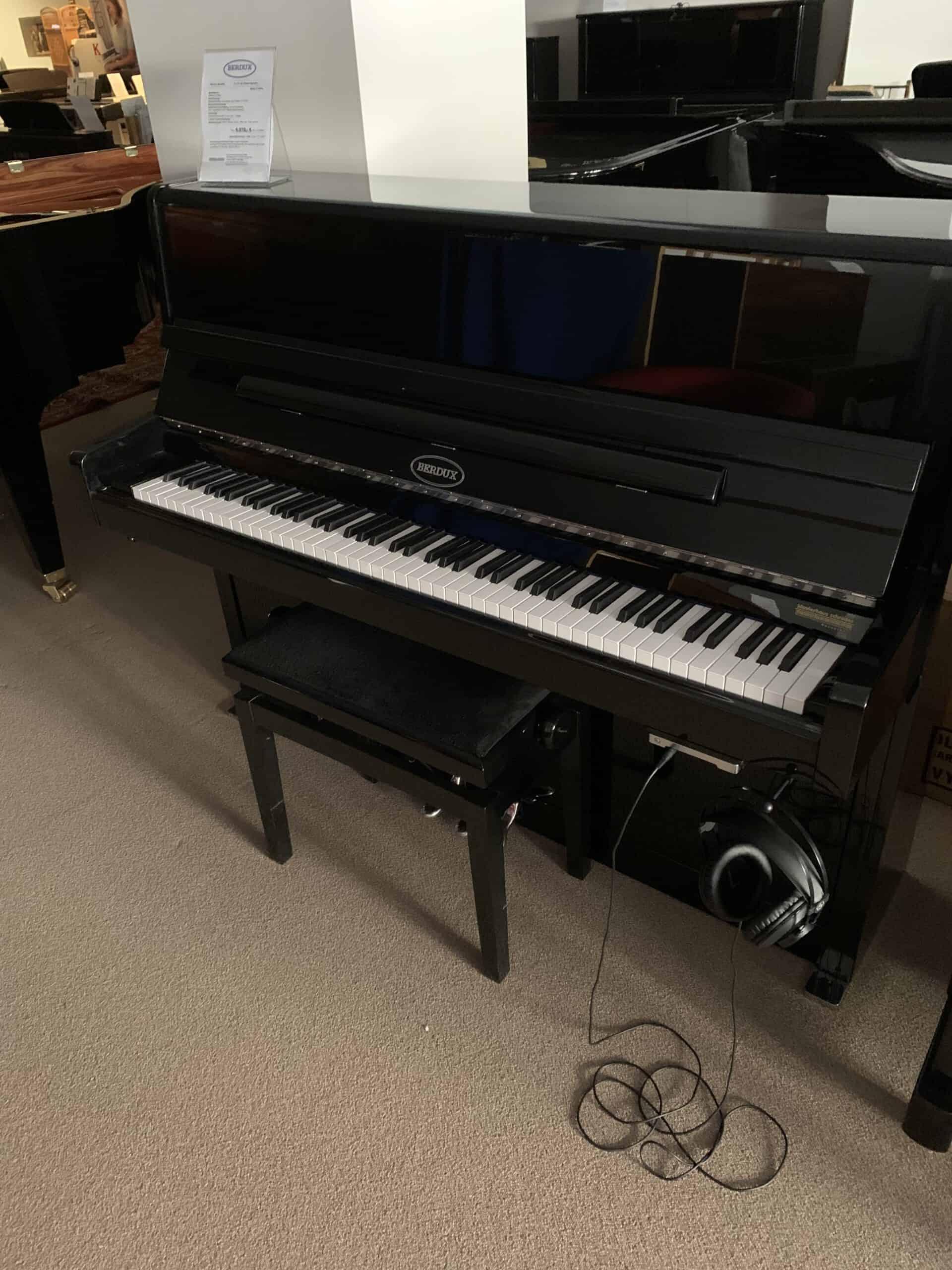 Berdux Klavier mit Silent System