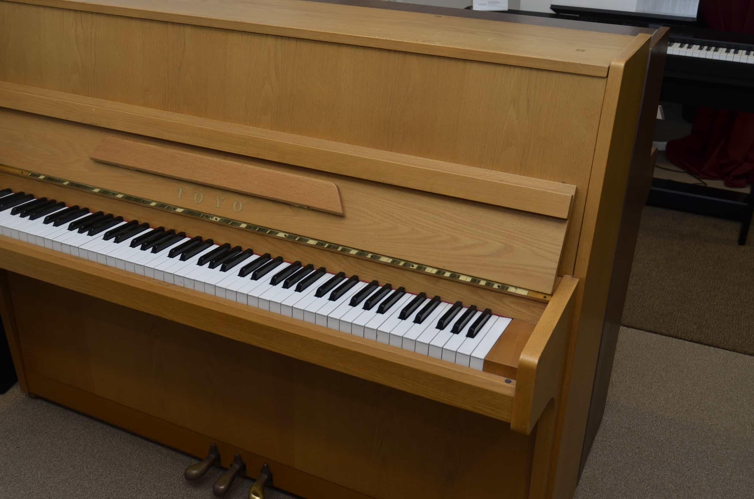 Toyo Klavier